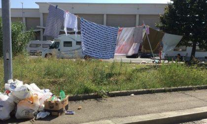 Accampamento nomadi: l'attacco di Forza Italia e FdI