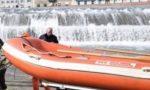 Ragazza cade in Arno