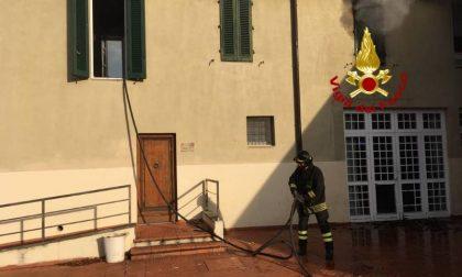 A fuoco una parte di Villa Fiorelli