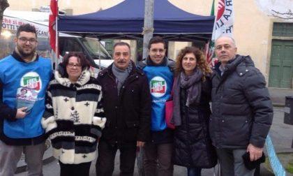 Gazebo di Forza Italia per le proposte contro la violenza sulle donne