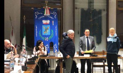 Rasa Leleivyte premiata dal consiglio comunale riunito