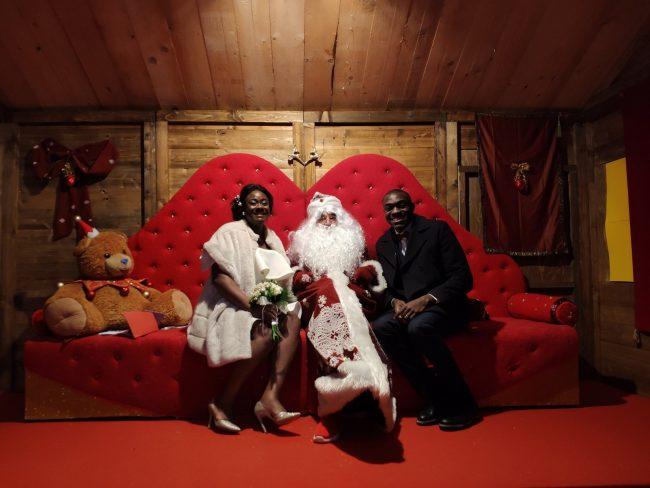 Babbo Natale Originale.Festeggiano Il Matrimonio Con Babbo Natale Firenze Settegiorni