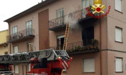 Incendio in camera da letto: donna intossicata a Montemurlo