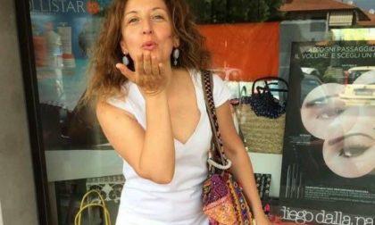 Monica Attucci modella di una linea cosmetica