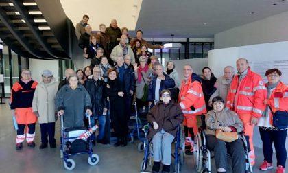 Anziani in visita al Museo del Tessuto grazie al progetto Per-Care
