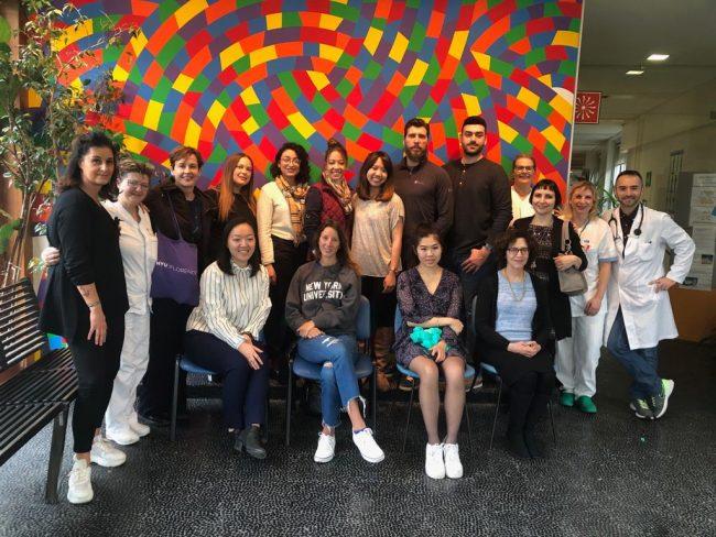 Studenti di un college di New York in visita all&#8217&#x3B;ospedale di Pistoia