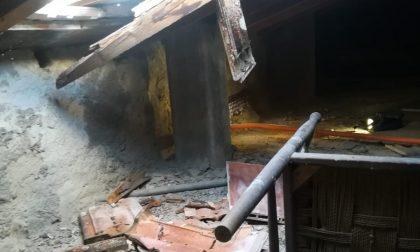Colle Val d'Elsa, crolla tetto di una ex scuola. Famiglie evacuate