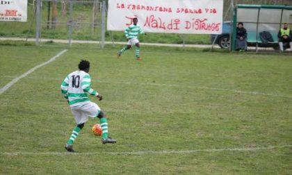Un calcio contro la discriminazione razziale