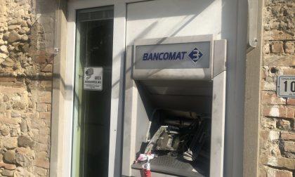 Montespertoli: Fanno saltare il bancomat nella notte. Incappucciati scappano con sette mila euro