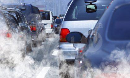 Qualità dell'aria, ordinanza del sindaco: niente caminetti accesi