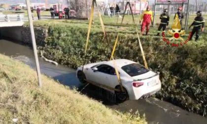 Auto finita in un canale a Montecatini
