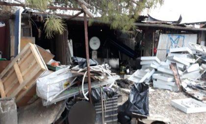 Sequestrata area abusiva di raccolta rifiuti a Campi