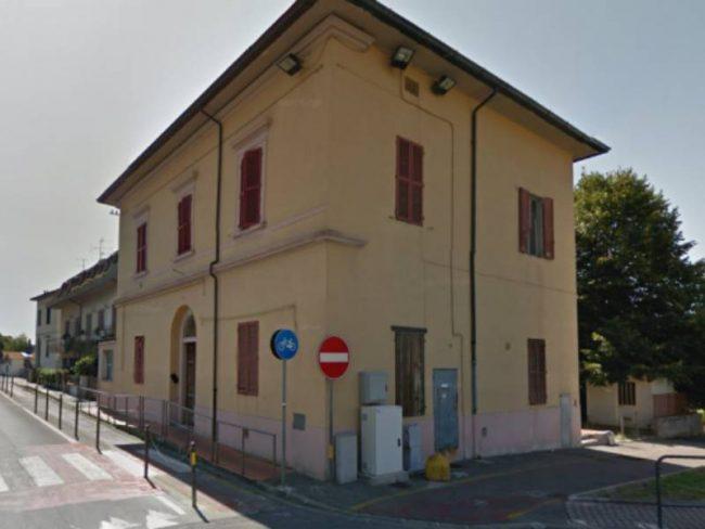 Dalla vendita della ex-scuola oltre 300 mila euro in asfaltature sulle strade