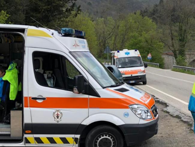 Incidente sulla Sr 325: motociclista portato all&#8217&#x3B;ospedale