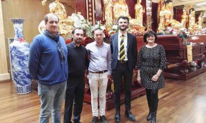 Visita al tempio buddista per i candidati al consiglio comunale Marina Grasso e Andrea Risaliti