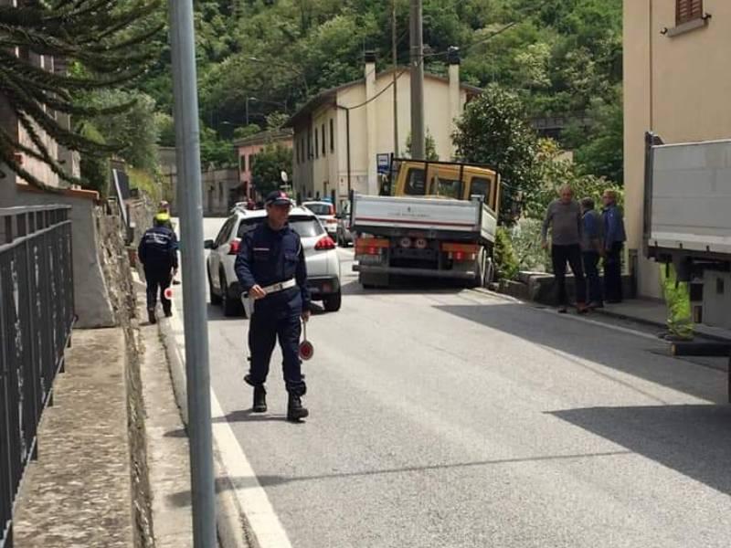 Incidente a Terrigoli Sr 325 bloccata