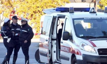 Truffato dall'assicurazione online, fermato dalla Municipale di Montemurlo perché non in regola: veicolo sequestrato