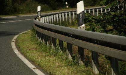 Cadono pietre sulla Firenze-Siena: traffico bloccato
