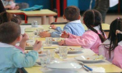 Pranzo a scuola: chi ha il panino col salame lo salta