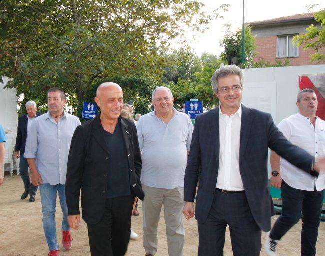 """Il Pd le canta al sindaco Tomasi: """"I sorrisi non bastano più. Pistoia se ne sta accorgendo"""""""
