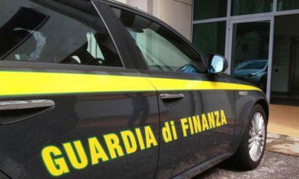 Guardia di Finanza in azione contro lo spaccio di droga alle Fornaci e Porta San Marco
