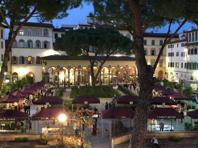 """Eventi, a Firenze torna il 21 settembre """"Libri e Fiori in Piazza dei Ciompi"""":"""