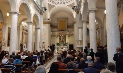 Una grande folla per l'ultimo saluto a Marco Tilli