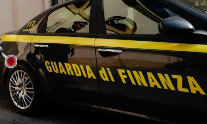 Non dichiara i redditi e nasconde al Fisco 95.000 euro