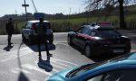 Carabinieri inseguono auto che non si era fermata al posto di blocco