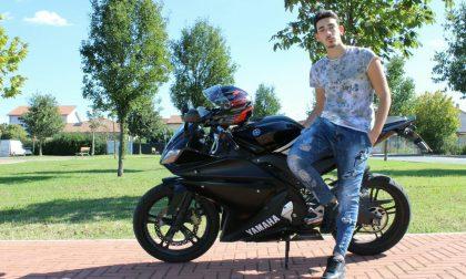 Muore a 21 anni in sella alla sua moto