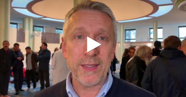 Estremismo di destra: il sindaco di Colle di Val d'Elsa in visita alla moschea VIDEO E FOTO