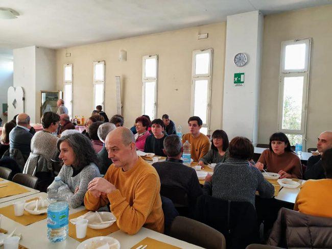 Secondo pranzo della fraternità alla parrocchia di Bagnolo: GUARDA LE FOTO