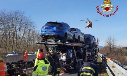 Incidente sulla A1: corsia bloccata