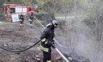A fuoco del legname a bordo strada- FOTOGALLERY