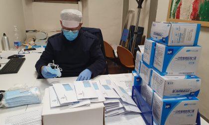 Emergenza Covid-19, ultima settimana di consegna delle mascherine fornite dalla Regione, poi si riprenderà a gennaio