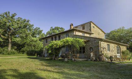 """In Toscana dieci giornate in villa con Airbnb per rivivere il """"Decameron"""""""