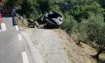 Incidente zona Dogana il Pucci: auto rimane in bilico