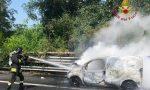 Autostrada chiusa: furgone a fuoco