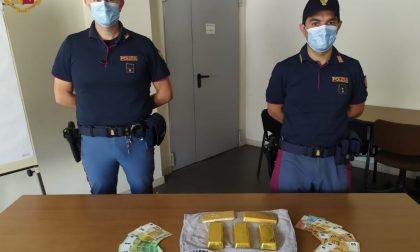 Con 20 chili d'oro trovati in autostrada: denunciati due cittadini tedeschi