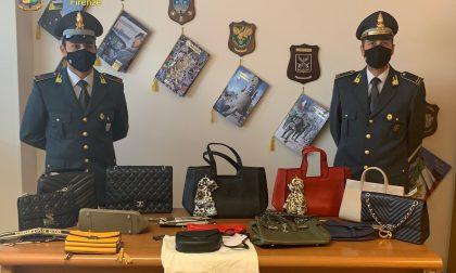 """Duro colpo alla """"filiera"""" del falso: 40 indagati e 9 misure cautelari per contraffazione – IL VIDEO"""