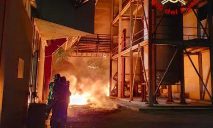 Incendio ditta Silo, in corso le verifiche sulle sostanze