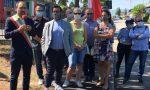 Inaugurato a Oste un nuovo campetto da calcetto: calcio d'inizio del sindaco Calamai – LE FOTO