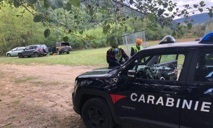 Si butta dal ponte sospeso: morto un uomo di 36 anni