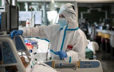Coronavirus. 1510 nuovi casi con un'età media di 44 anni, 18 i deceduti