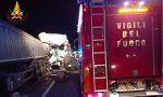 Incidente in autostrada tra tre mezzi pesanti