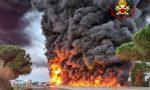 """Spaventoso incendio sulla Fi-Pi-Li: l'assessore Baccelli """"Per le 22 di stasera sarà nuovamente percorribile in sicurezza"""" FOTO E VIDEO"""