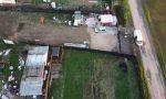 Abusi edilizi e rifiuti interrati in area di 800 metri quadrati