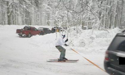 Traina con la propria auto uno sciatore in mezzo alla strada a Vallombrosa: 300 euro di multa