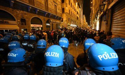 Scontri a Firenze durante la protesta non autorizzata: 19 misure cautelari