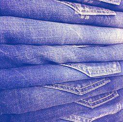 Fallimento Rifle: la storica azienda di jeans svende a due euro